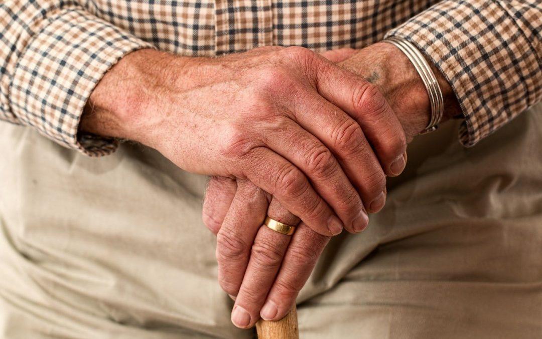 Gesetzliche Pflegeversicherung: Kinder haften für Ihre Eltern!